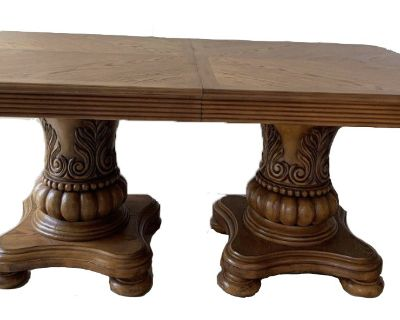 Astoria Grand Double Pedestal Dining Table
