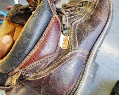 Size 11 leather work boots.