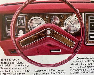 Steering wheel horn pad cover