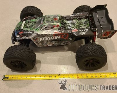 FS/FT Arrma Kraton RC Truck w/ 6s lipo and charger