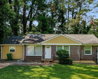 1775 San Gabriel Ave , Decatur, GA 30032