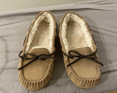 Tan moccasin slippers size 8