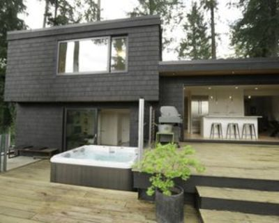 1593 Lennox Street, North Vancouver, BC V7H 1X4 3 Bedroom House