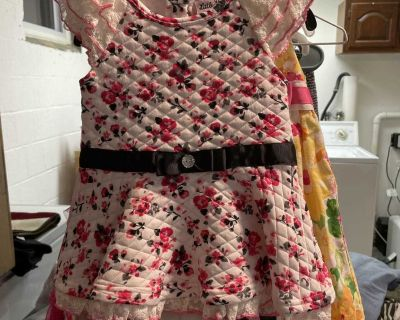 2sets of outfit dress size 2t