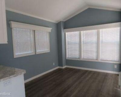 1895 N Tamiami Trl, Cape Coral, FL 33903 1 Bedroom Apartment