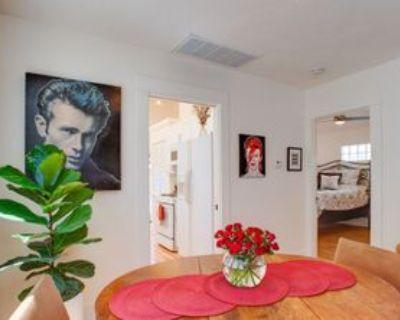 319 Windward Ave, Los Angeles, CA 90291 1 Bedroom Condo