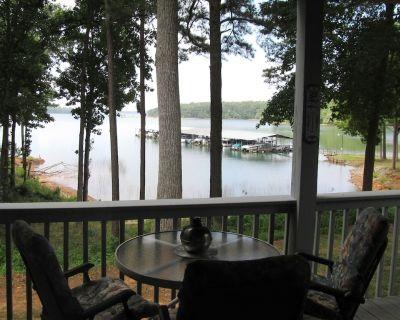 A Perfect Lake Front Condominium - Anderson County