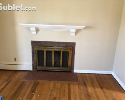 $1900 3 single-family home in St Clair Shores