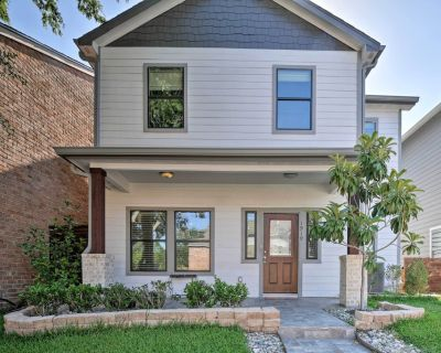 Updated Home 15 Mins to The Galleria/Uptown! - Briarforest
