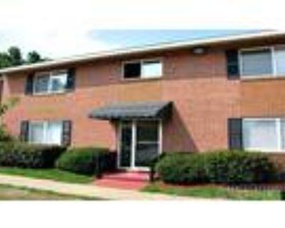 2 Bedroom 1 Bath In Newport News VA 23608