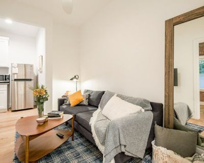 Fully Furnished Beautiful Venice Beach suite