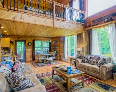 Dog-friendly home with private hot tub, pool table, and mountain views! - Sautee Nacoochee