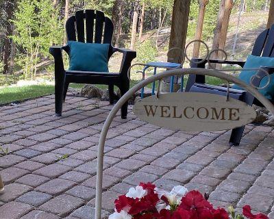 Kids & pets welcome, short walk to Burrow trail, hike /bike to Peak 9 or town, - Warrior's Mark West