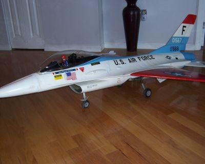 Byron f-16 jet