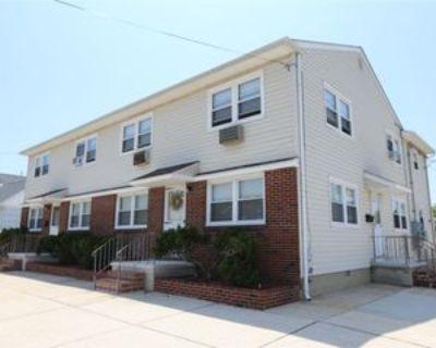 30 N Coolidge Ave, Margate City, NJ 08402 2 Bedroom Apartment