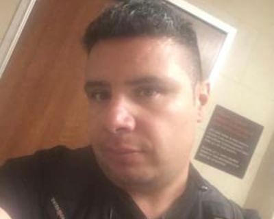 Chris, 42 years, Male - Looking in: Denver CO