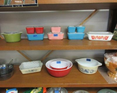 Eclectic Estate Sale - Pyrex, Vintage Audio, Lunch Boxes, Furniture, CDs, Advertising & More!