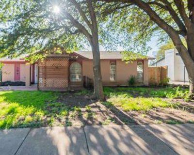 2404 Lexington Dr, Arlington, TX 76014 4 Bedroom Apartment