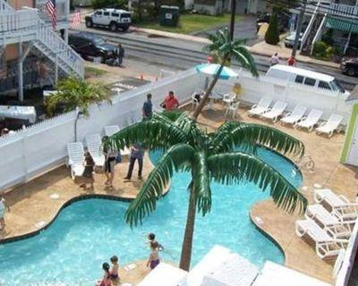 1 Bedroom 1 Bath Condo Overlooking Outdoor Pool Between 4th & 5th Streets in OC - Ocean City