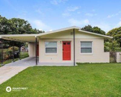 470 Sunnyview Cir, Eatonville, FL 32810 4 Bedroom House