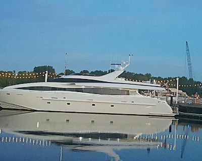 Yacht Designed to make Everyday Extraordinary Sleeps 8 Local Charters Available - River District