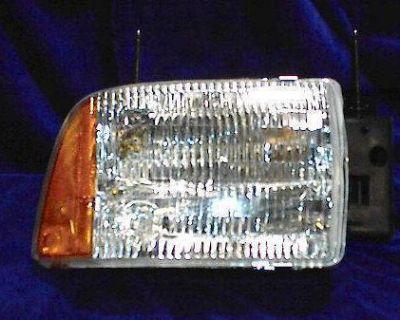 R Headlight 95 96 97 S10 Blazer S-10 1995 1996 1997 New