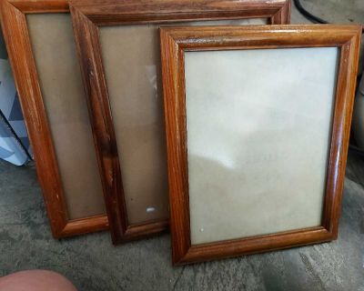 3 wooden picture frames
