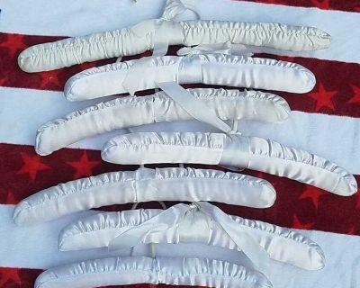 Satin cloth child hangers(7 total)