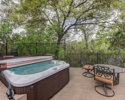 Whole Home Air Cleaner, Quiet surroundings, deck and Jacuzzi, near golf course - MLK