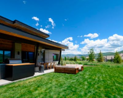 Edgy Contemporary Rural Residence, MIDWAY, UT