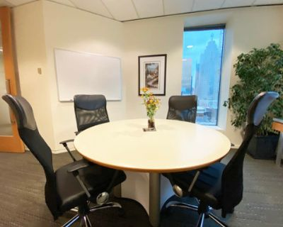 5-Person Meeting Room