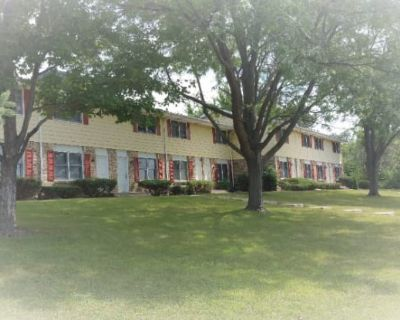 2918 Grinnell Crt., Unit 4