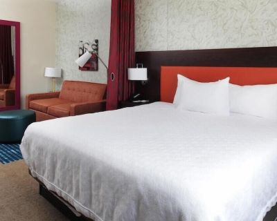 2-Bedroom Suite at Home2 Suites by Hilton Louisville Airport/Expo Center, KY by Suiteness - Fairgrounds