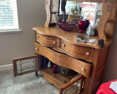 Grasons Co of CCC - Brentwood 2-Day Estate Sale