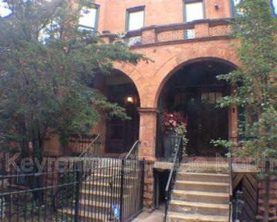 4623 N Hermitage Ave