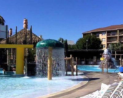 2BDRM~WATERPARK~LAKE~FISHING~BOATS~BIKES~FOOD~WAVE POOL~SLIDES~PLAYGROUND & MORE - Four Corners