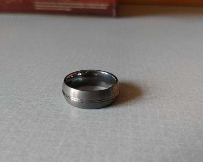 Mens darker heavy tungsten ring