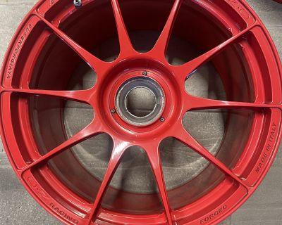 "OZ 19"" Centerlock Wheels Guards Red"