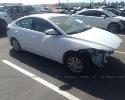 Salvage White 2017 Hyundai Elantra