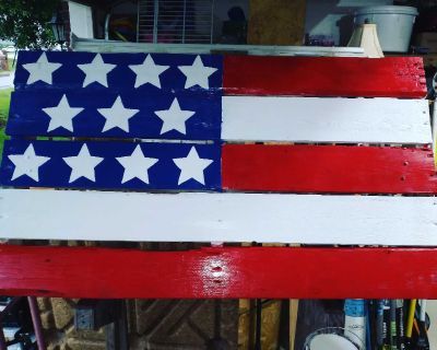 Hand painted pallet flag 29x50