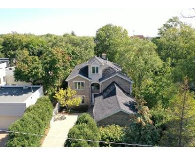 4 Bed 3.5 Bath Foreclosure Property in Northbrook, IL 60062 - Greenview Rd