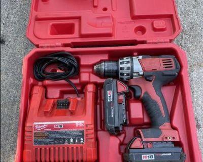 Milwaukee 18 V cordless drill