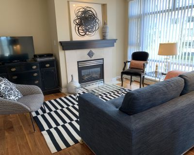 Exquisite 1bedroom+Den Furnished Condo - Yaletown