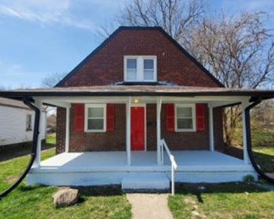 2844 N Gladstone Ave, Indianapolis, IN 46218 4 Bedroom Apartment