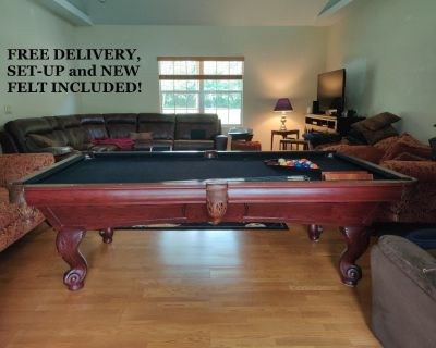 ProLine 8' Pool Table-FREE DELIVERY, SET-UP and NEW FELT!