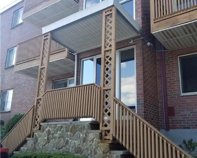 Updated 2 Bed off Lexington St, Heat / Hw Included By Patricia L Murphy
