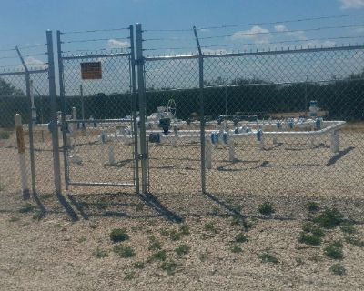 Ranch and Oil Rigs Fencing. (956)451-7883