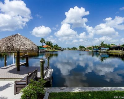 Sweet Cove-of-Mine - Luxury Home with Gulf Access - Kayaks - Bikes - Pelican