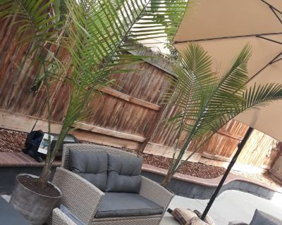 Private room with shared bathroom - Tracy , CA 95377