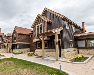 Luxury, Ski In/Out 3BR, private hot tub Silver Star Town Home at PC resort - Downtown Park City